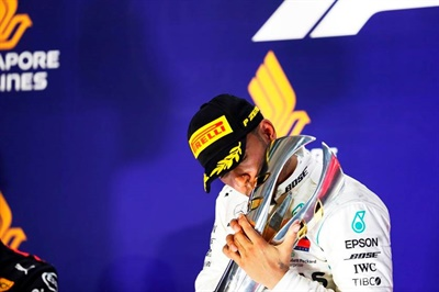 Lewis Hamilton had the day's best lap time on the Pirelli P Zero soft compound: 1 minute, 42.913 seconds.