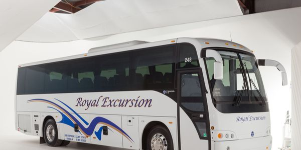 Royal Excursion recently took delivery of the firstnewly-enhanced Temsa TS 35E in North America...