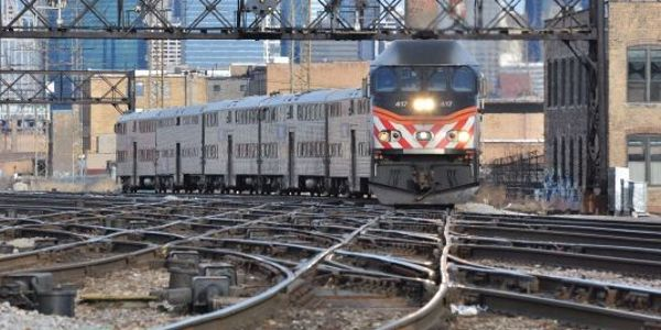 Metra's reverse-commute service exceeding first-year goal