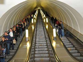 Moscow Metro escalators. Photo: Dennis Jarvis/Flickr