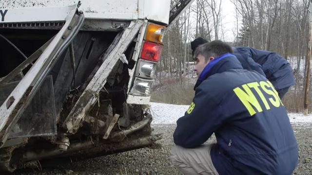 [Video] NTSB investigators processing multi-vehicle crash in Pa.