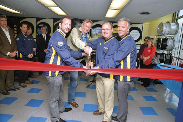 17 independent tire stores band together to form United Tire & Service