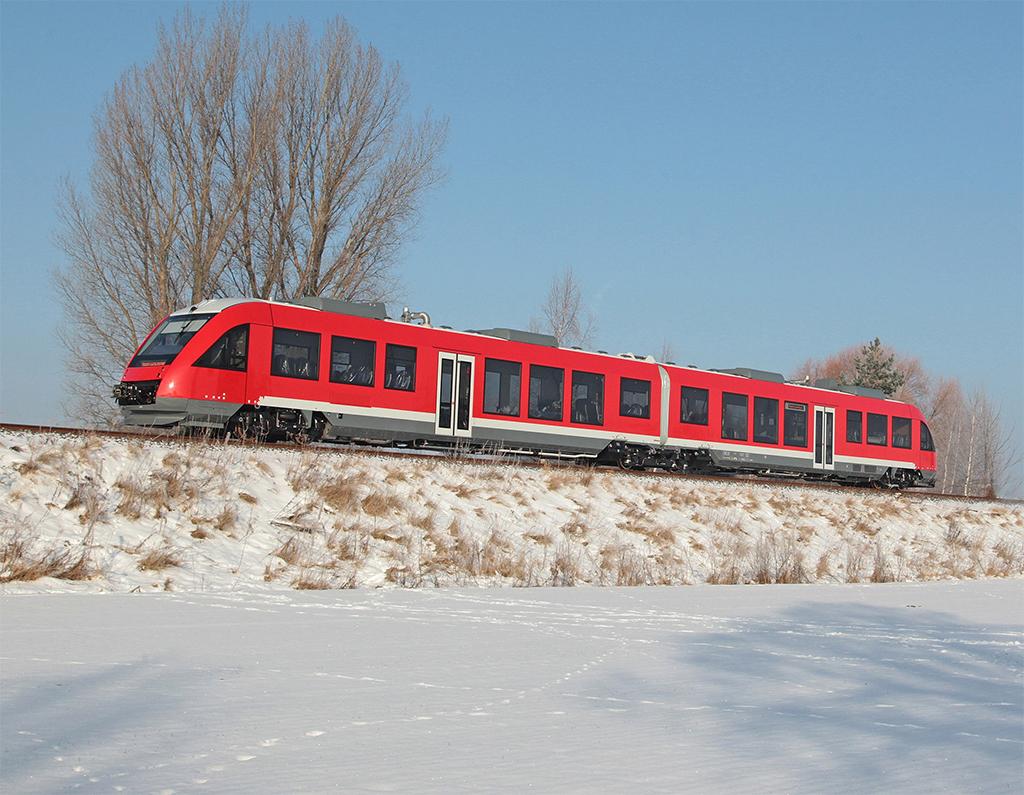 Alstom light rail vehicles enter service at OC Transpo