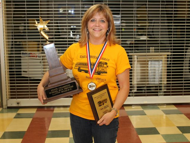 Ohio school bus driver wins state contest by 1 point