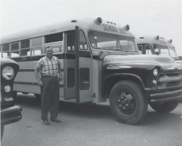 evolution of the school bus - school bus contractors
