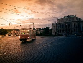 Prague streetcar - R. Halfpaap - 2012 - Flickr