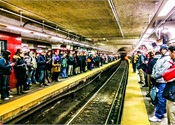 Report examines how to manage pedestrian traffic in crowded subway systems