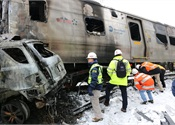 N.Y. MTA reviewing safety in wake of car, train collision