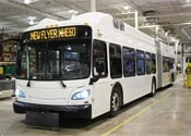 New Flyer debuts first 60-foot hydrogen fuel-cell bus