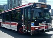 5 injured when Toronto bus, streetcar crash head-on