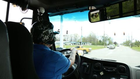 Dean Transportation is using virtual reality technology to supplement its training for drivers...