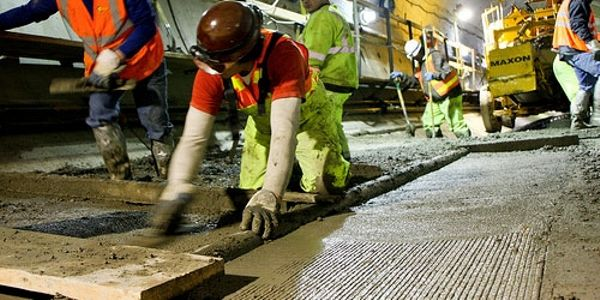 Concrete solutions to transit projects' carbon pollution