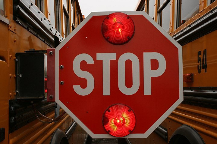 Bill would allow statement from school bus drivers, aides on stop-arm runners