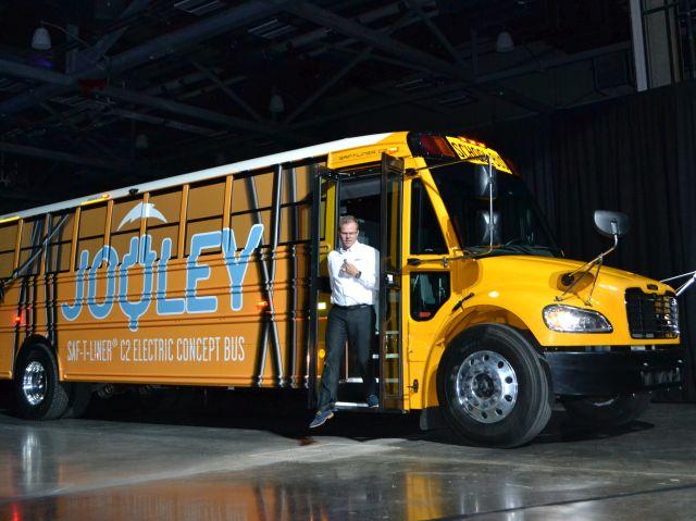 Thomas Built Reveals New Electric School Bus