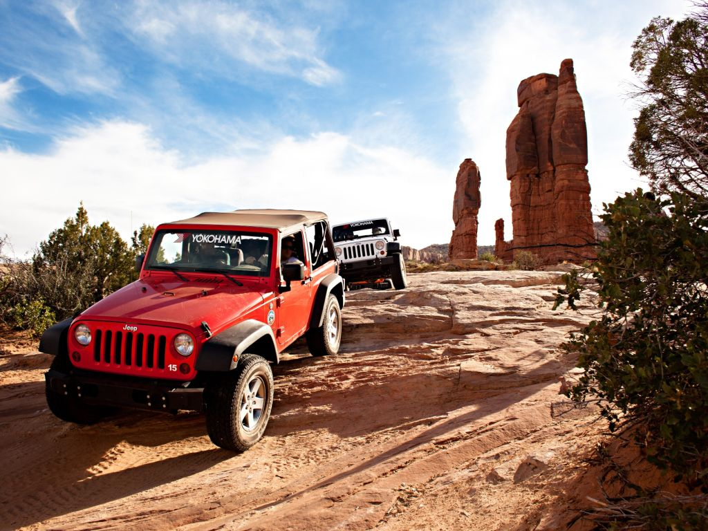 Yokohama Sponsors a Trail at Easter Jeep Safari Week