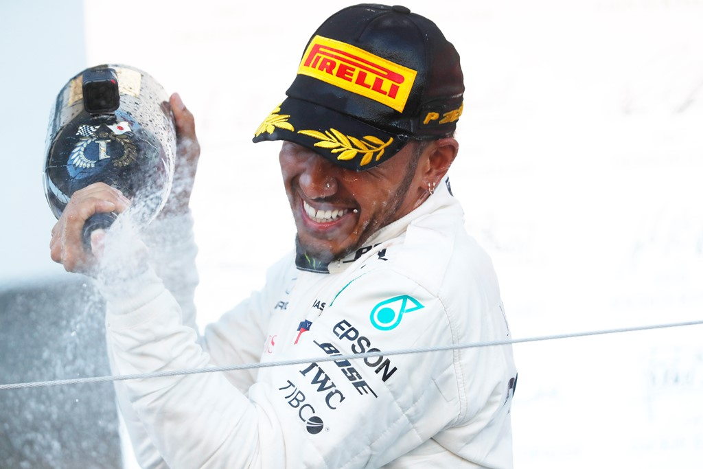 Soft-Medium Tire Strategy Pays Off for F1 Driver Lewis Hamilton