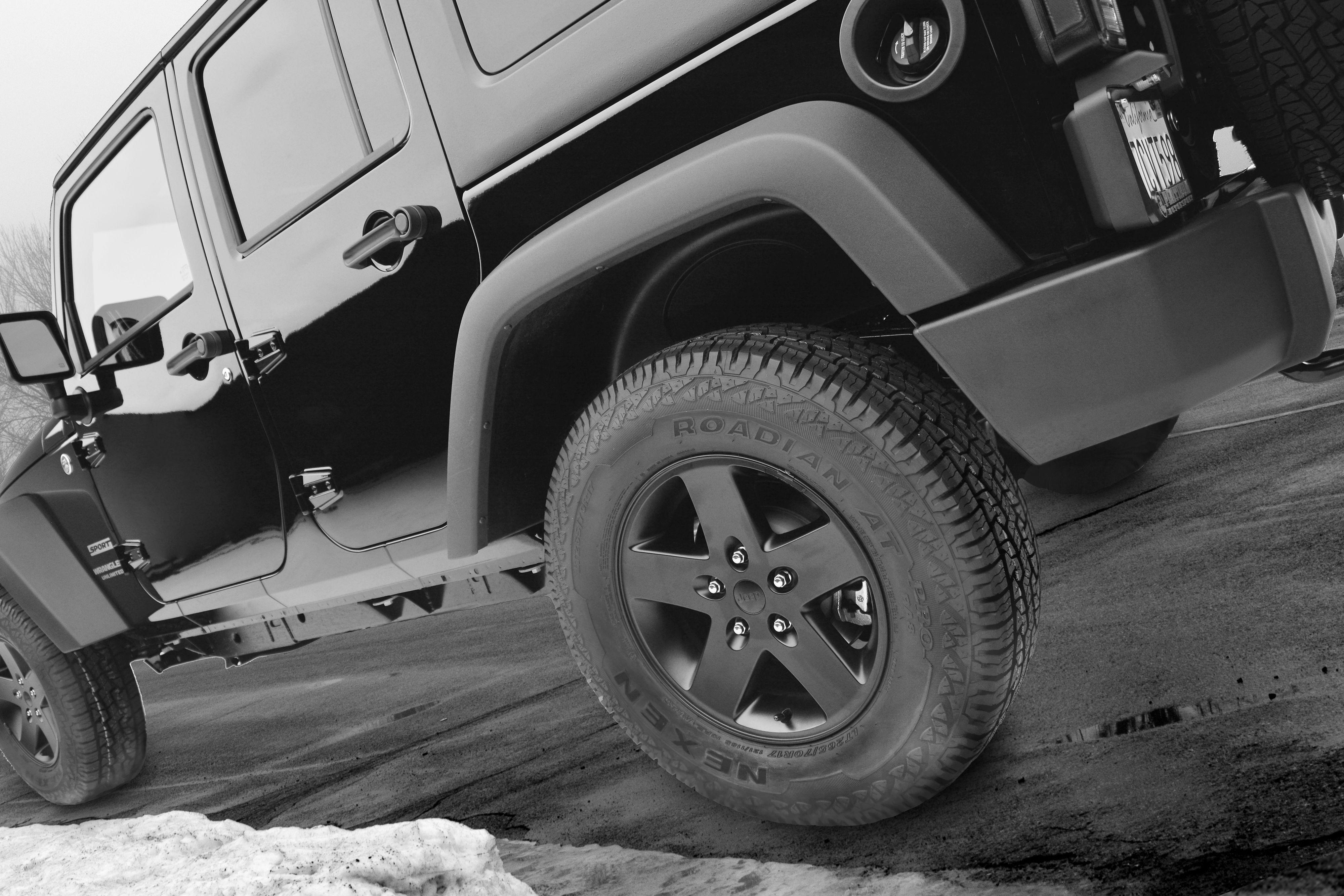 Nexen Roadian AT Pro RA8 Tire
