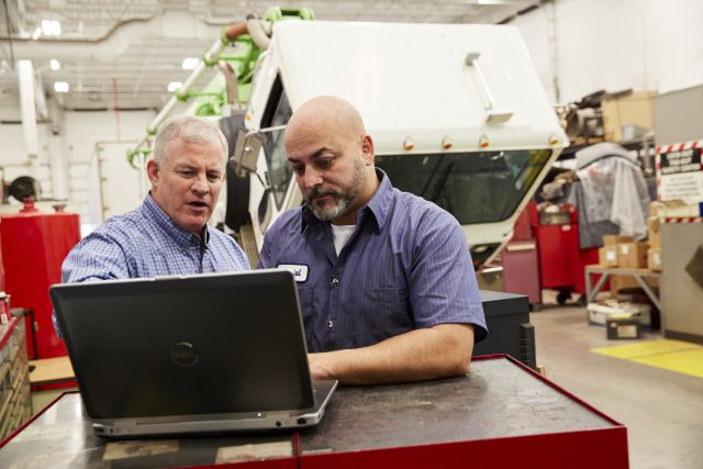 Setting Truck Maintenance Labor Cost Expectations