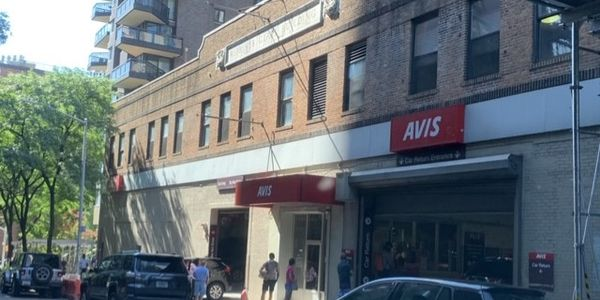 Kusinitz took this photo of customers waiting outside an Avis location on Manhattan's Upper East...