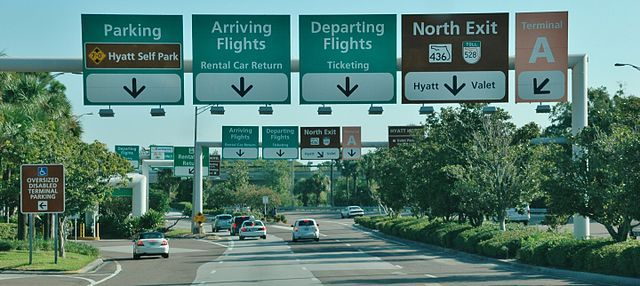 Entry to Orlando International Airport. - Photo via Wikimedia Commons/qwesy.
