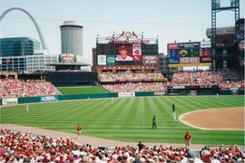 Cardinals Rent 41 Cars to Travel to Chicago for Game