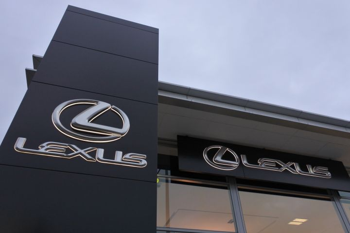 The Lexus Direct Connect telematics program allows loaner car managers to track the real-time location of their vehicles, set up geofence notifications, and monitor mileage as well as fuel costs. - Photo via TSD.