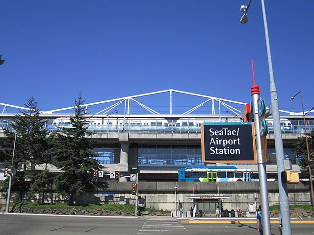 The Seattle suburb's 2014 ordinance, which includes SeaTac Airport, only applies to transportation employers who operate or provide such services while running a fleet of 100 or more vehicles. - Photo via Wikimedia Commons/Sounder Bruce.