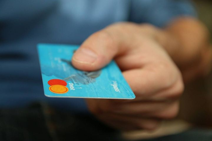 According to TSG, much of the shift in high-growth industries stems from consumer preferences leaning into digital goods, use of cards versus checks, and a rise in of ecommerce spending. - Image by Michal Jarmoluk from Pixabay