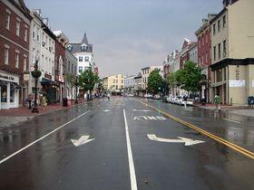 Penske Expands Carsharing Parking Options