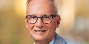 De Shon to Step Down at Avis Budget Group