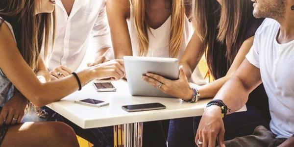Trend: 50% of Millennials Book a Vacation around a Work Trip