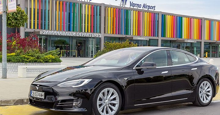 Customers can easily take a Tesla Model S when they arrive at Sofia Airport or to make a reservation in advance at the other 14 company offices in Bulgaria.