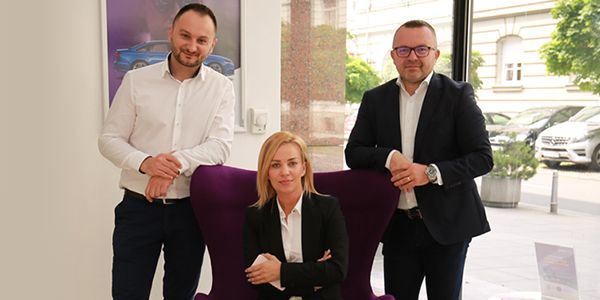 Carwiz Sales Director Borko Ribić (left), Barbara Mrkić, marketing director (center), and Krešimir Dobrilović, CEO (right). - Photo courtesy of Carwiz.