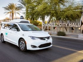 Waymo, Lyft Launch Pilot in Phoenix