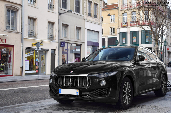 A stylish and eye-catching vehicle, the 100thAnniversary Maserati Levante uniquely features a number of special Hertz touches, with a range of exterior graphics and stunning interior detailing, for a distinctive driving experience. - Photo viaAlexandre Prévot/Flickr.