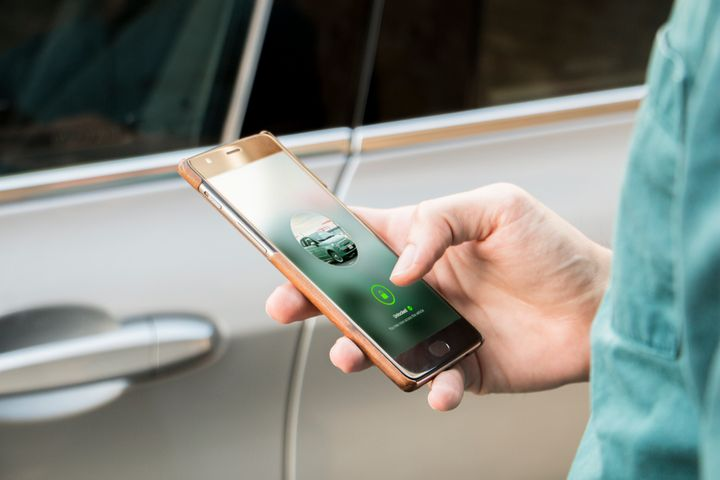 The keyless device will also help boost security via a car tracking system. - Photo via Drivy.