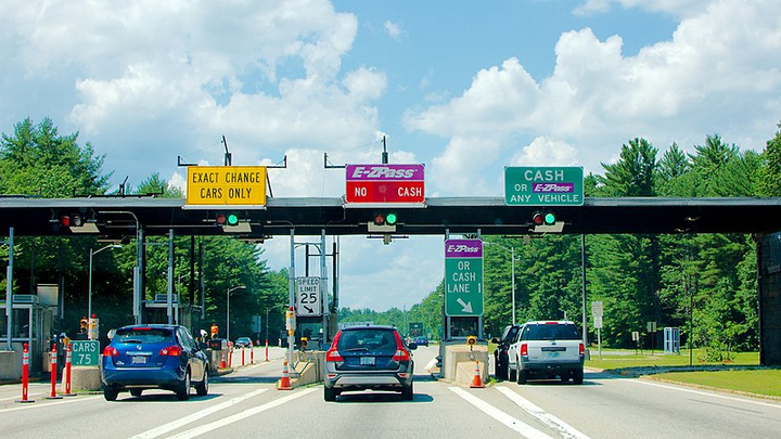 As part of the settlement, both companies must clearly disclose its toll and PlatePass fees. - Photo via Fletcher6/Wikimedia.