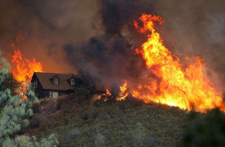 According to Cal Fire, there are currently 15 major wildfires burning throughout the state. - Photo via Bjorgialt/Wikimedia.