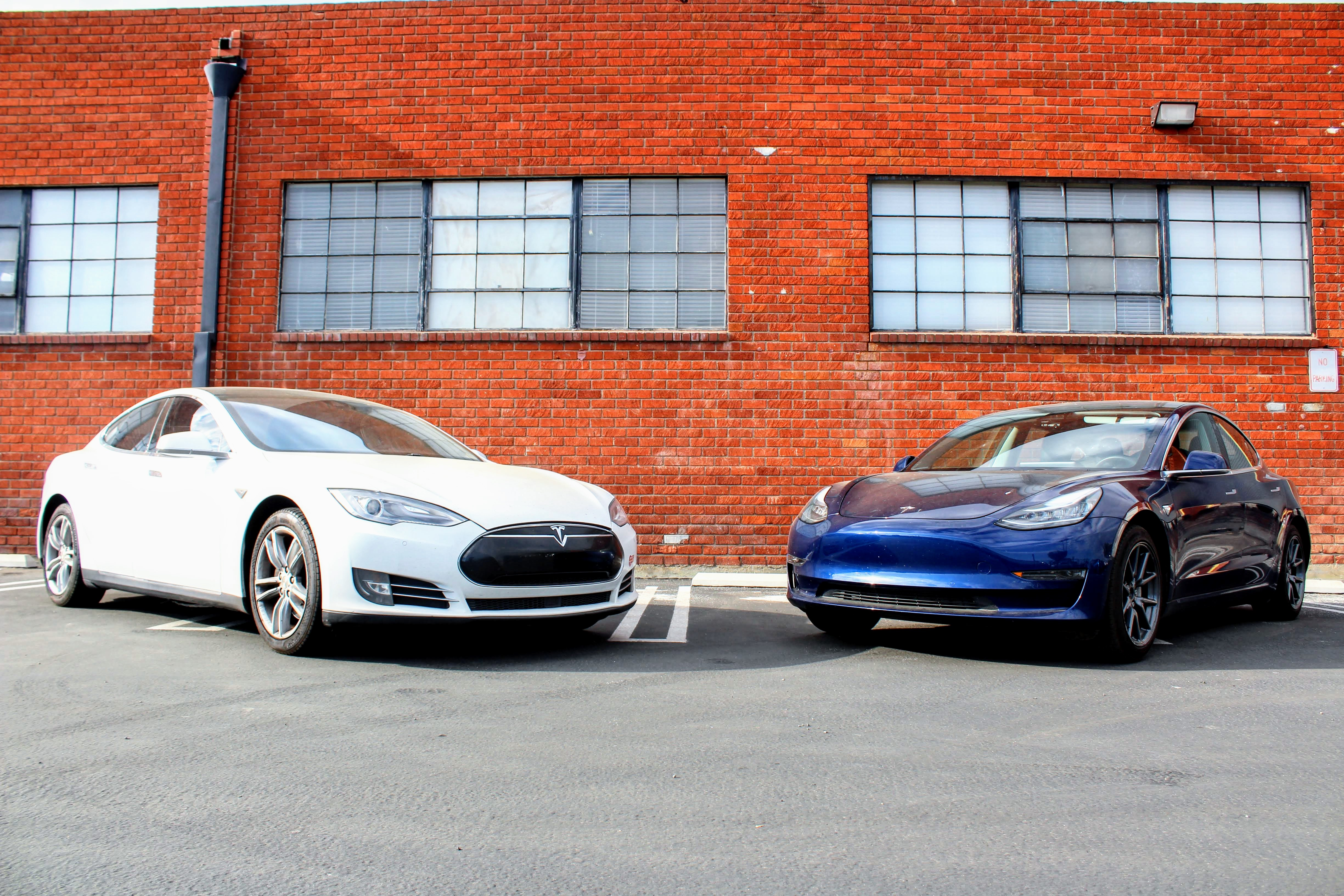 Tesloop Offers One-Way Tesla Carsharing Service