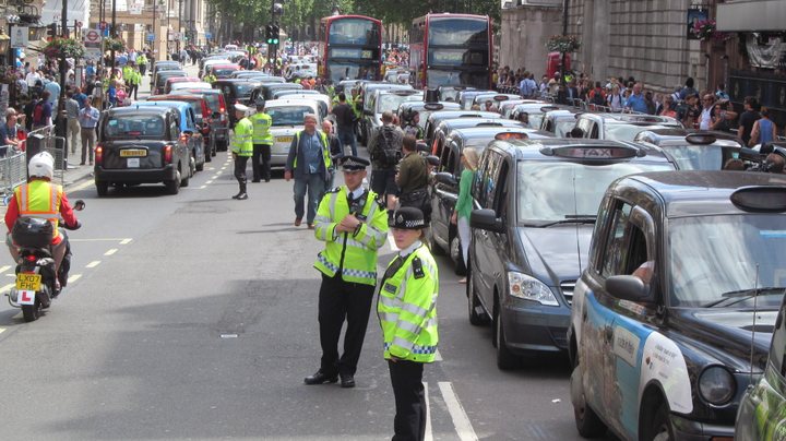 Mayor Khan argued that the number of ride-hailing drivers in the city is contributing to more traffic congestion and air pollution. - Photo via David Holt/Flickr.