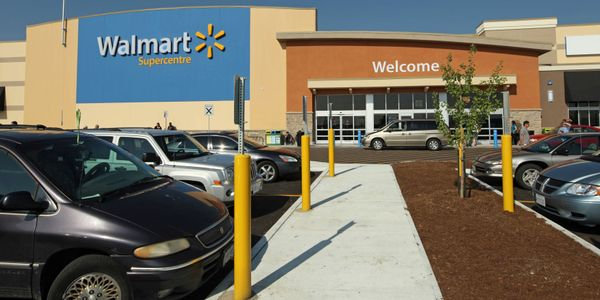 Walmart Canada is closing all of its company-owned tire and lube centers in Canada.