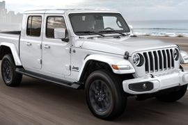 Chrysler Is Recalling Jeeps Due to Camera Problem
