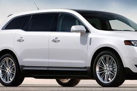 Lincoln MKT Models Recalled Due to Fractures