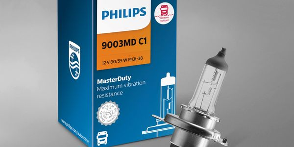 Philips MasterDuty headlights offer resistance to vibration.