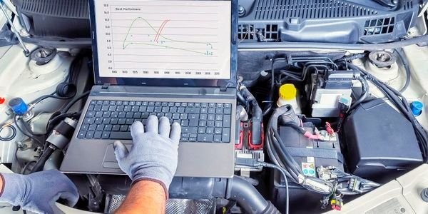 The service can be used for any gas or diesel engine, mobile or static.
