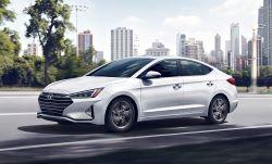 Hyundai Elantra -