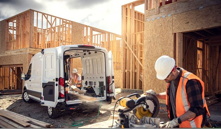 Available on the E-Transit will be the Pro Power Onboard, which turns the van into a mobile generator with up to 2.4 kilowatts of available power to help customers use and recharge job site tools ranging from belt sanders to miter saws. - Photo: Ford