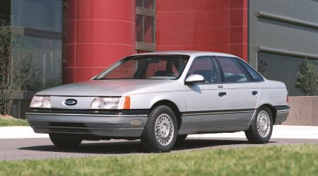1986 Ford Taurus -
