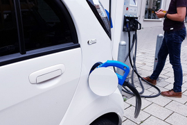 Corporate Fleet Electric Vehicle Acquisition Strategies