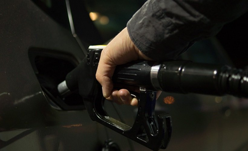 Fuel management professionals have expressed interest in the feasibility of new technologies that may change how people pay for fuel. - Photo courtesy of Skitterphoto via Pixabay.